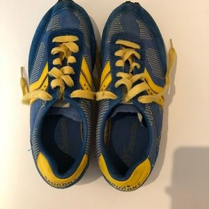 Men's Saucony blue and yellow sneakers